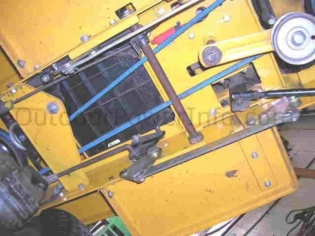 _belt_center installation, repair and replacement of v belts on cub cadet cub cadet 1315 wiring diagram at bakdesigns.co