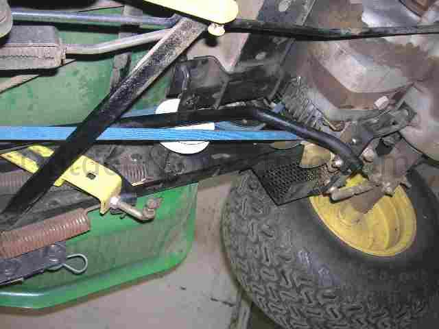 Installation  Repair And Replacement Of John Deere 165  175 And 185 Hydro Lawn Tractor Drive Belt