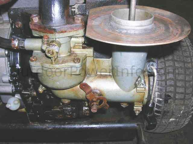 Briggs And Stratton Large Two Piece Flo Jet Carb After Removal Of